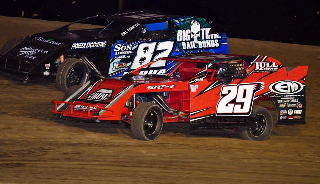 Lucas Oil POWERi War Sprint Cars set to Invade I-35 Speedway this Saturday Night